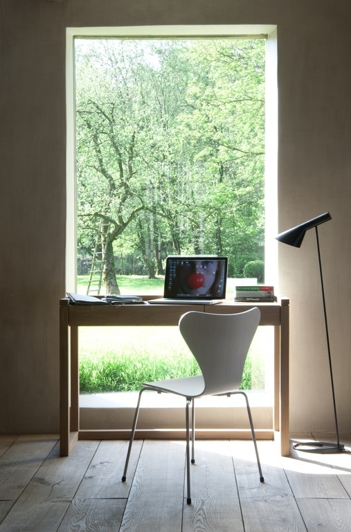 Frame bureau